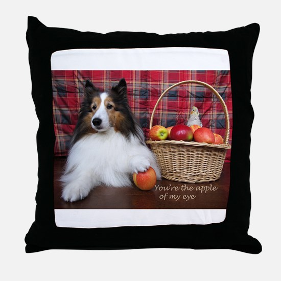 You're the apple of my eye Throw Pillow