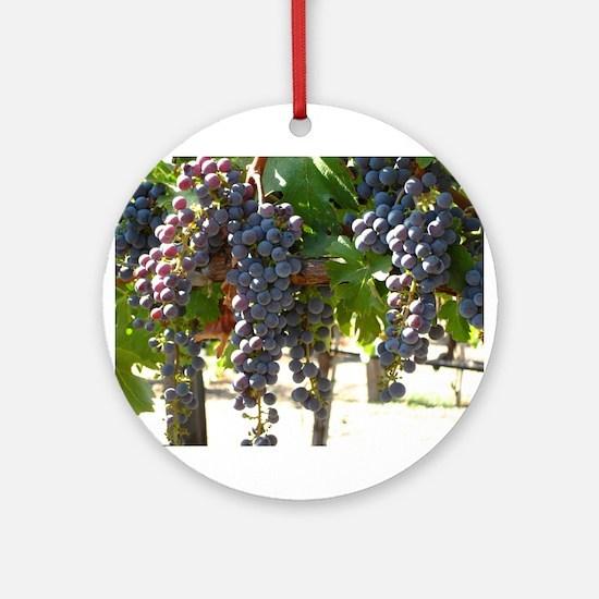 Wine Grapes Ornament Round