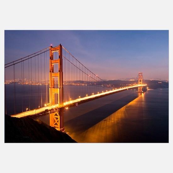 Night at the Golden Gate Bridge