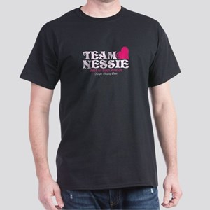 Team Nessie (pink/blk) Dark T-Shirt