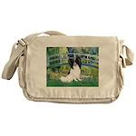 Bridge & Papillon Messenger Bag