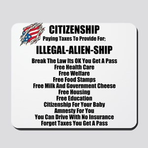 ILLEGAL-ALIEN-SHIP Mousepad