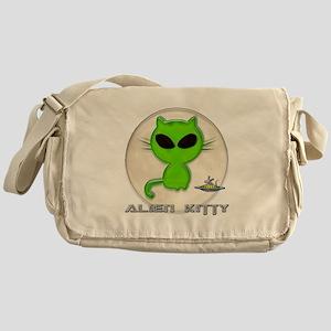 alien kitty Messenger Bag