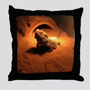 .bearded dragon. Throw Pillow