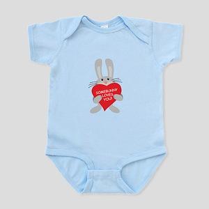 Somebunny love syou Infant Bodysuit