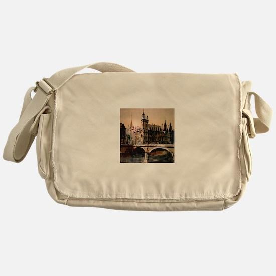 La Conciergerie, Paris, Franc Messenger Bag