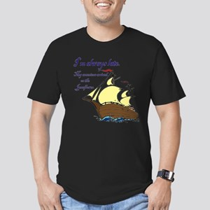 I'm always late Men's Fitted T-Shirt (dark)