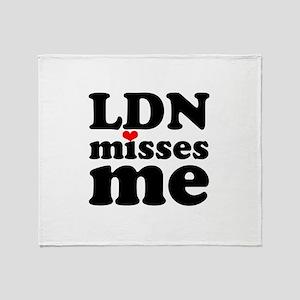 london misses me Throw Blanket