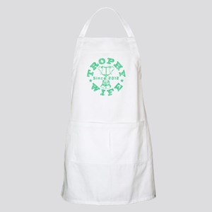 Trophy Wife Since 2012 Grn Apron