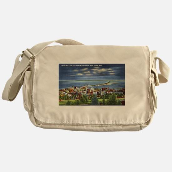 Cute Duluth Messenger Bag