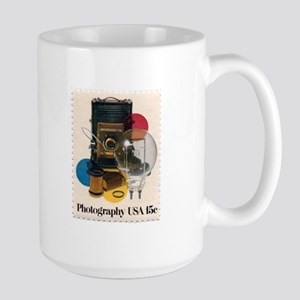 Henri Cartier-Bresson quote Large Mug