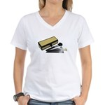Makeup Brushes Wicker Box Women's V-Neck T-Shirt