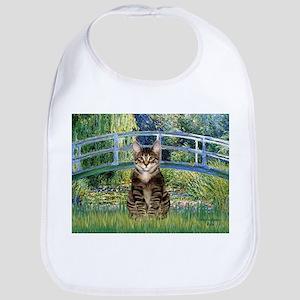Bridge / Brown tabby cat Bib