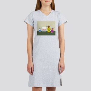 Museum Guide Women's Nightshirt