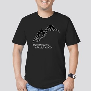 Mountains Calling Men's Fitted T-Shirt (dark)