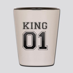 king and queen couple Shot Glass
