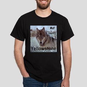 Wolf YNP, Wyoming Dark T-Shirt