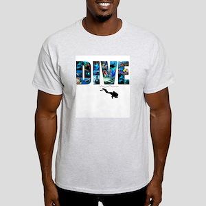 dive in pics copy T-Shirt