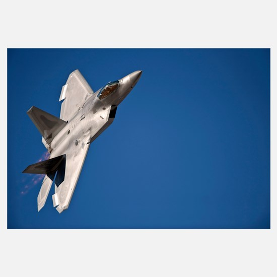 An F 22 Raptor aircraft performs during Aviation N
