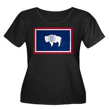 Wyoming State Flag Women's Plus Size Scoop Neck Da