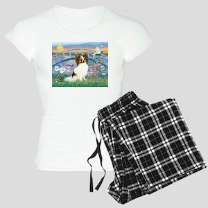 Lilies / Papillon (f) Women's Light Pajamas