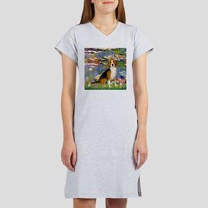 Beagle in Monet's Lilies Women's Nightshirt