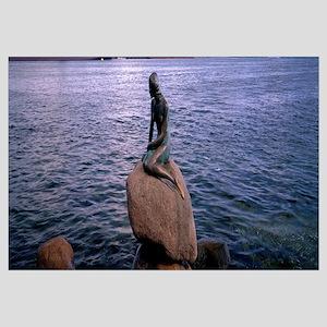 Little Mermaid Statue on Waterfront Copenhagen Den