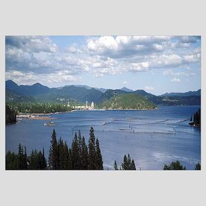 Lake surrounded by mountains Lake Coeur dAlene Ida