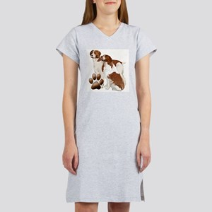 two brittaany spaniels Women's Nightshirt