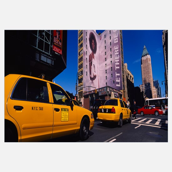 Yellow taxies at the road intersection, Manhattan,