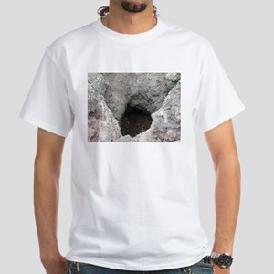craters of the moon splatter cone vent T-Shirt