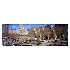 Tourists in a public park, Battery Park, Manhattan Poster
