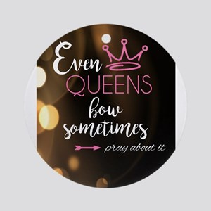 Even Queens Bow Round Ornament