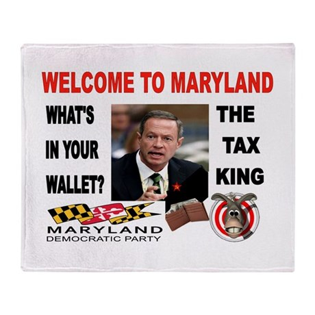 TAX MANIAC Throw Blanket