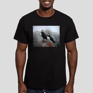 Puffins Keeping Watch Men's Fitted T-Shirt (dark)