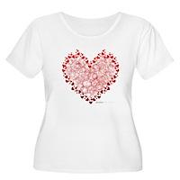 Heart Circles Women's Plus Size Scoop Neck T-Shirt