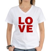 Red Love Women's V-Neck T-Shirt