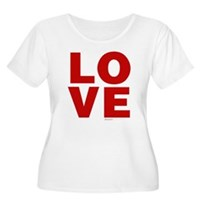 Red Love Women's Plus Size Scoop Neck T-Shirt