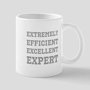 Expert - Slogan. Mug