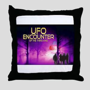 UFO Encounter Throw Pillow