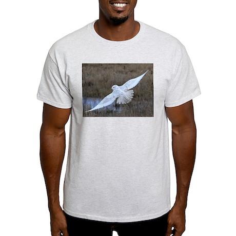 Snowy Owl in flight Light T-Shirt