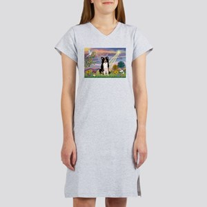 Cloud Angel /Border Collie Women's Nightshirt
