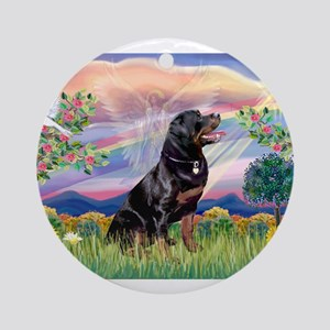 Cloud Angel / Rottweiler Ornament (Round)