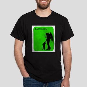 dadthulhu_4wht T-Shirt