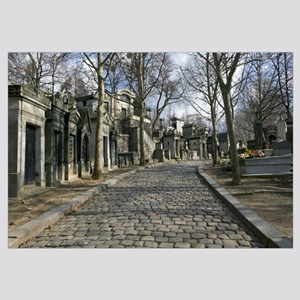 Monuments on the side of a path, Pere-Lachaise Cem