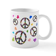 Peace signs and hearts patter Mug