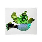 Green Bird Design - Flying Do Throw Blanket