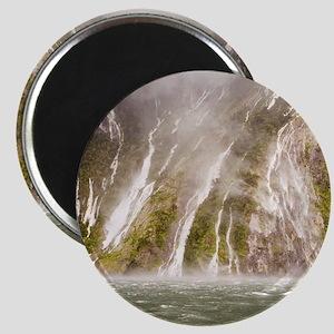 Milford Sound Magnet