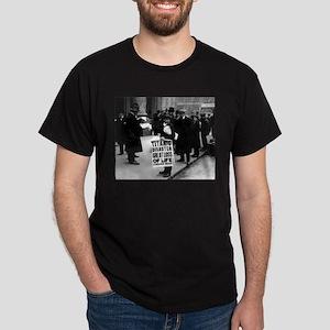 Titanic Newsboy Dark T-Shirt