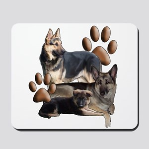 german shepherd family Mousepad